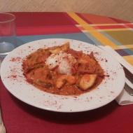 Curry de dorada y langostinos