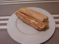 Tortilla rellena de jamon y queso